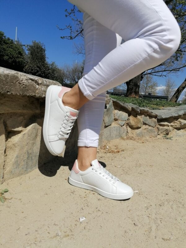 Sneakers Basic with pink details