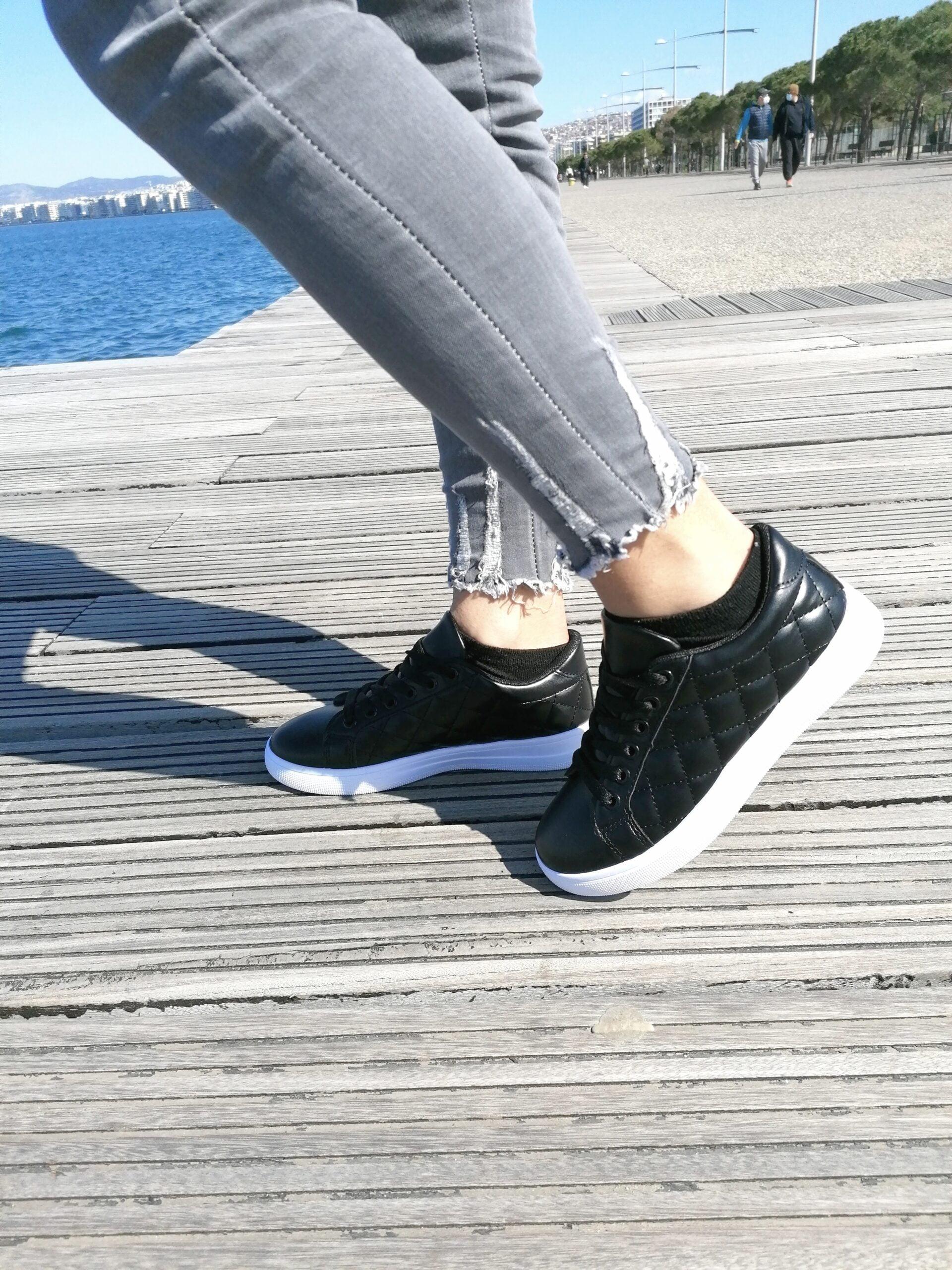 Sneakers σε Καπιτονέ Σχέδιο Black