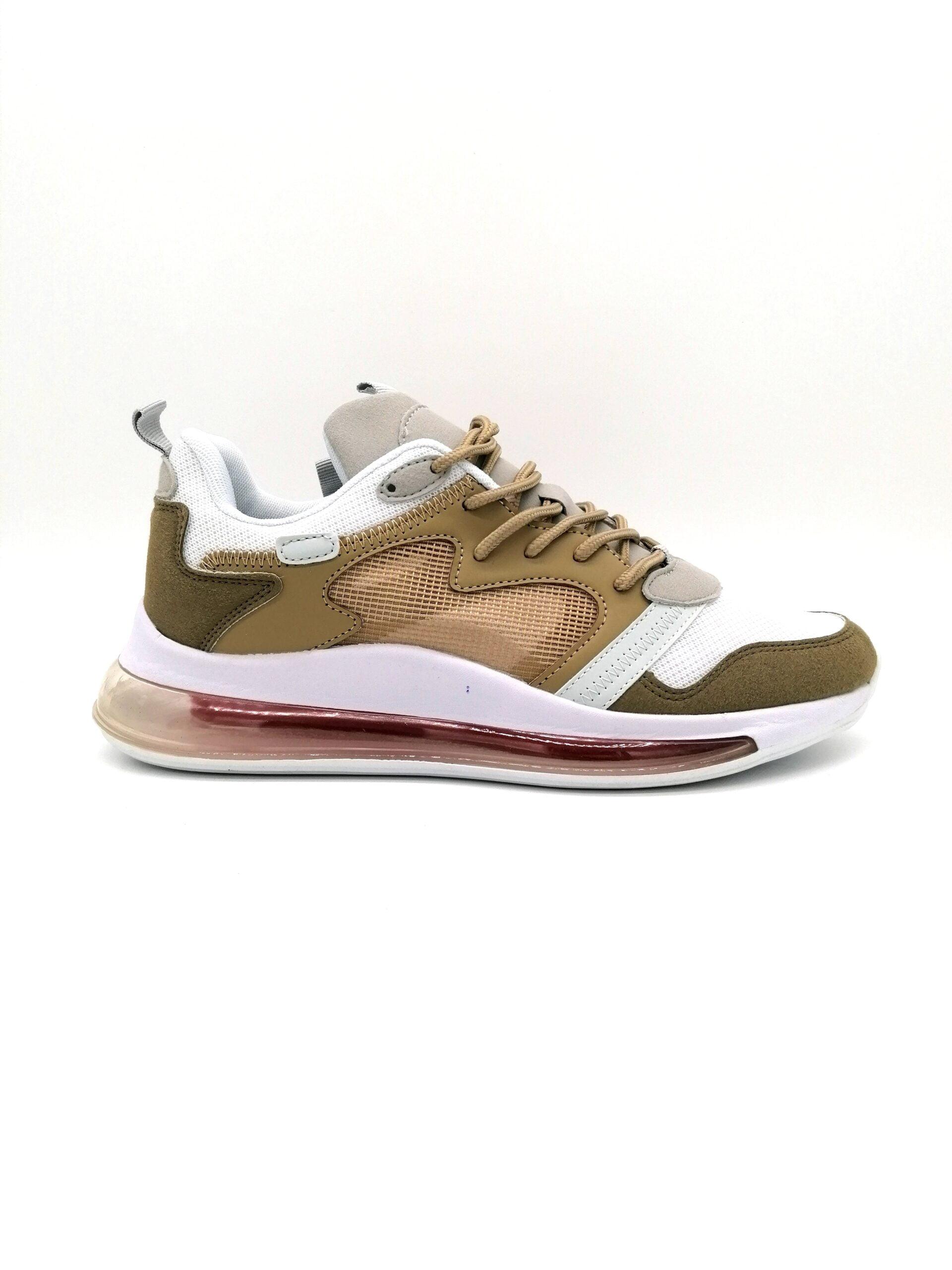 Sports shoe with a khaki airbrush