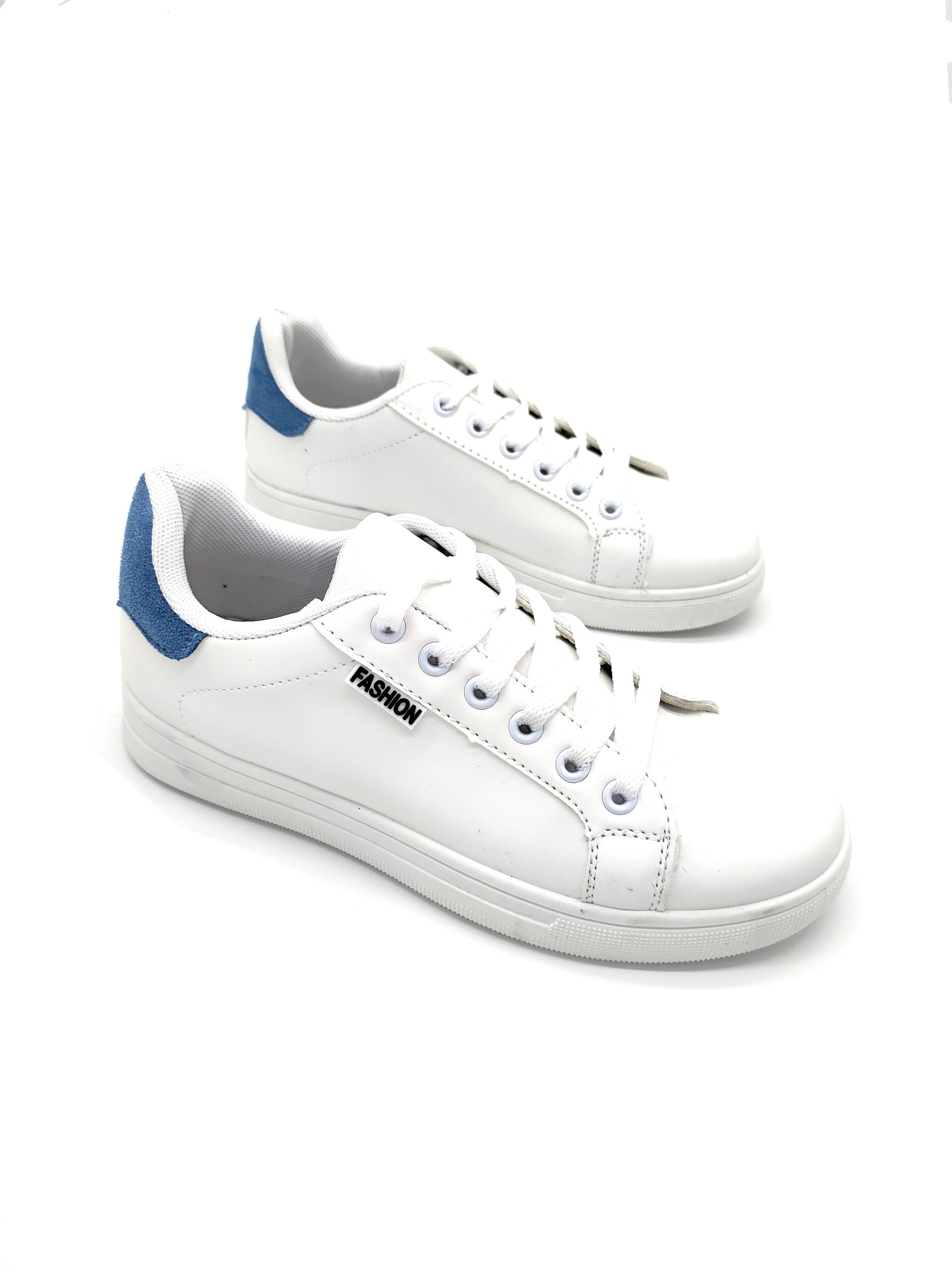 Sneakers Basic με Μπλε Λεπτομέρειες