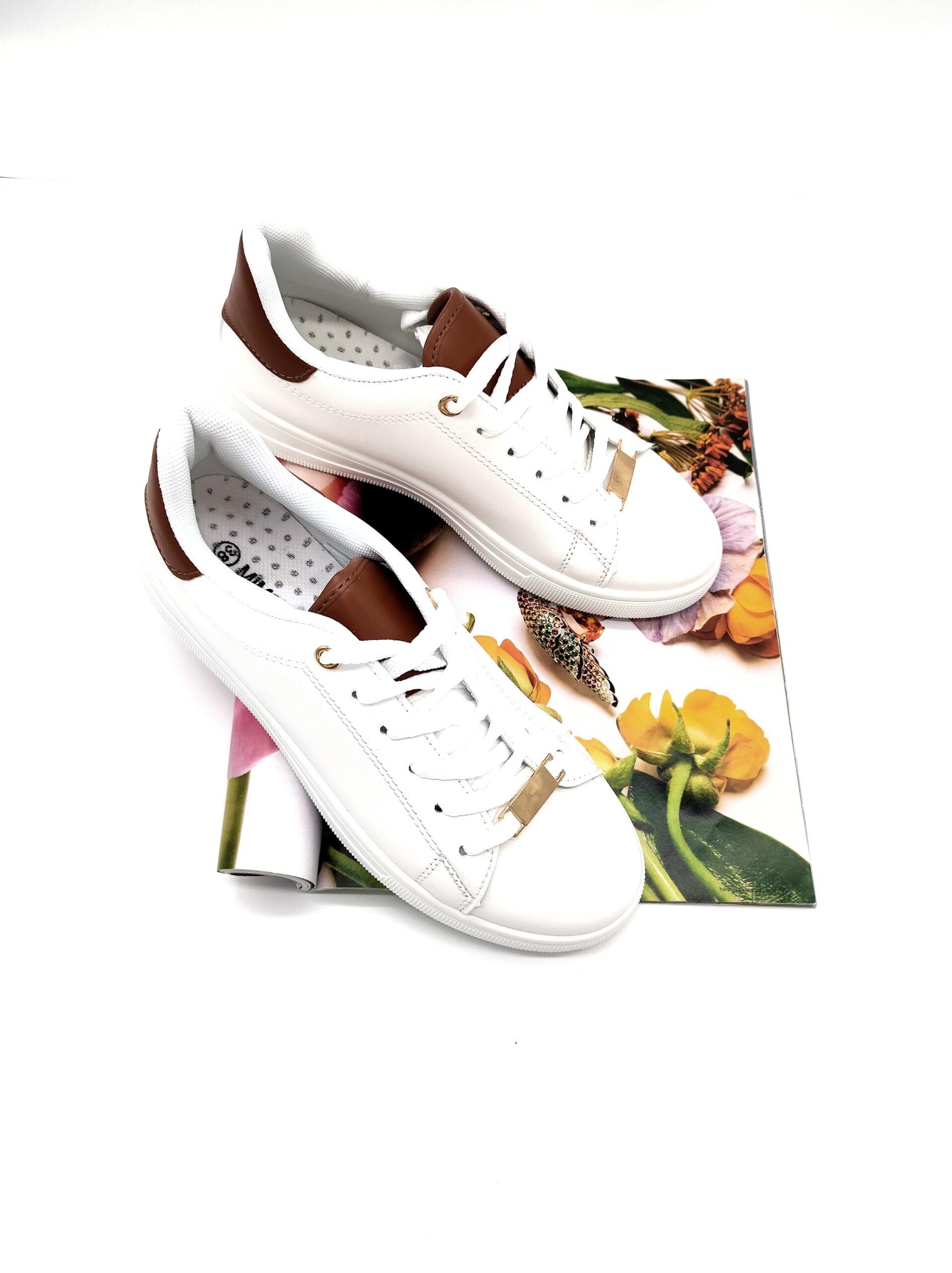 Sneakers με Μεταλλικό Σχέδιο White
