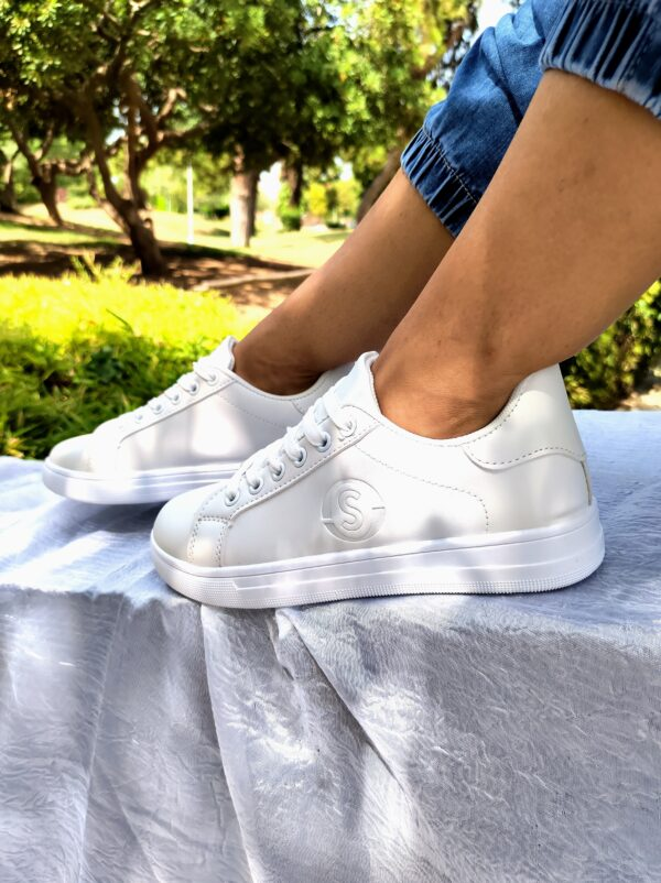 Sneakers All White