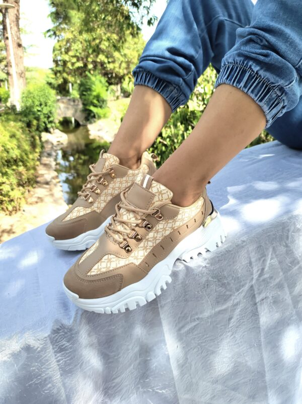 Women's sneakers with details Khaki