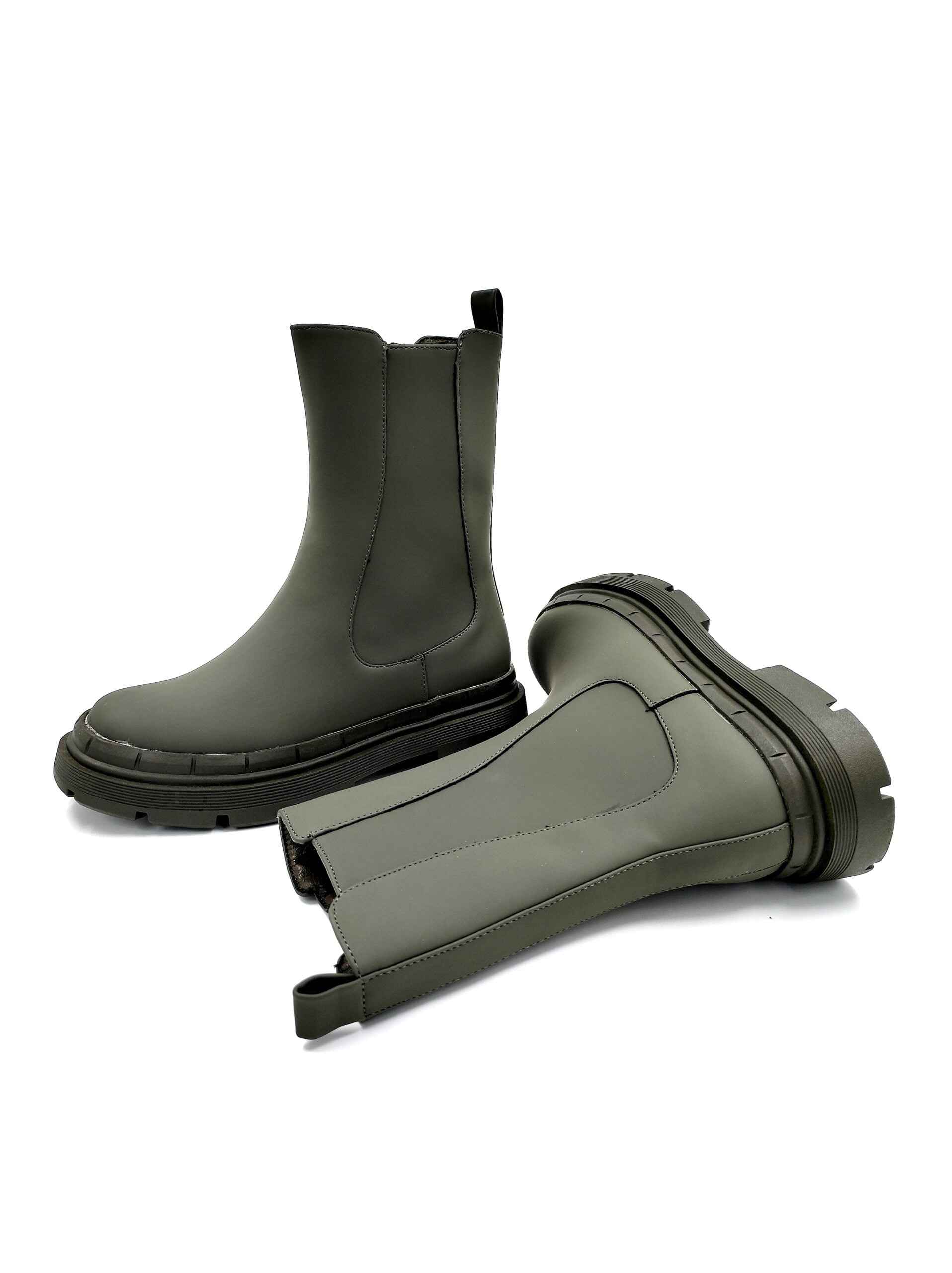 Boots with rubber on the side Green